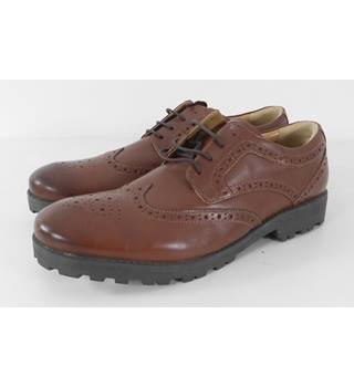 M&S Brown leather brogue shoe size 7