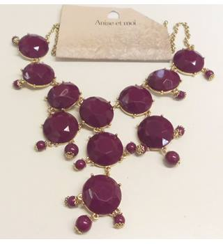 Anise et moi - Statement Necklace - Purple/Gold-tone