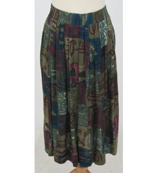 Berkertex - Size: 14 - Khaki and Purple Pleated Skirt