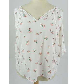 M&S Limited Edition Size 14 Flowered Blouse