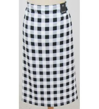 NWOT M&S Marks & Spencer - Size: 14 - Black and White Check Skirt