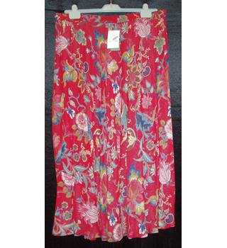 BNWT Orvis Size XL Red to blue floral print reversible elasticated waist A-line skirt