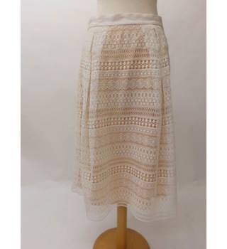 Ladies cream lace skirt by M&S M&S Marks & Spencer - Size: 12 - Cream / ivory - A-line skirt