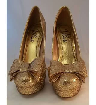 Blink - Size: 4 - Gold Sparkly - Platform Court shoes