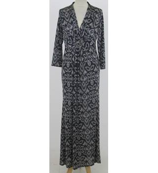 BNWT: Linea Size 12: Black & taupe V-neck maxi dress