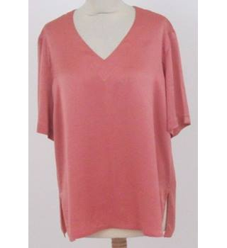 Planet size 14 deep peach v neck short tunic top