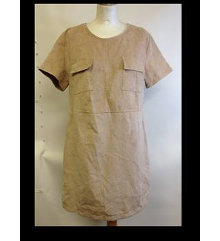 Brand new Pretty Little Thing size 14 Shiloh Beige Faux Suede Pocket Front Dress