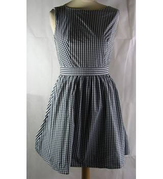 BNWT Jack Wills Size 8 Black and White Sleeveless Checker Dress