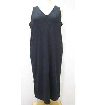 M&S Marks & Spencer - Size: 22 - Blue - Calf length