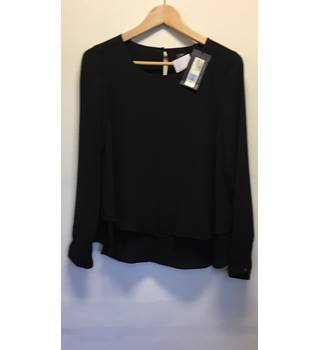 Beautiful Black Blouse M&S Marks & Spencer - Size: 8 - Black
