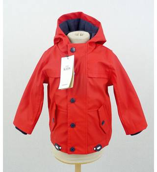New  M&S  size 3-6 mnth  red Stormwear hooded jacket