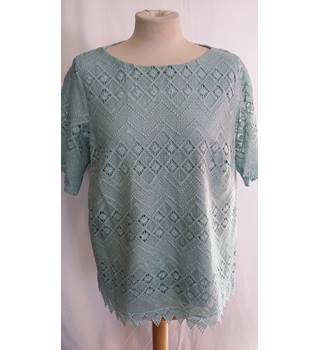 M and S lace top BNWT size 20 pale green M&S Marks & Spencer - Size: 20 - Green - Blouse