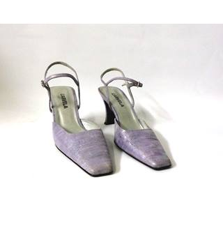 CARVELLA LILAC SLING BACKS