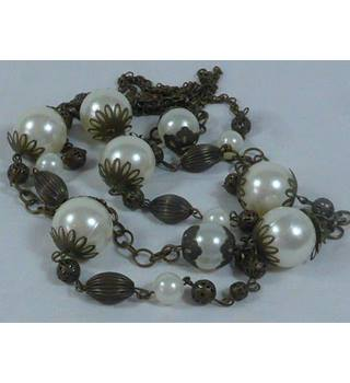 Long pearl necklace/ Unbranded - Size: Large - Cream / ivory - Necklace