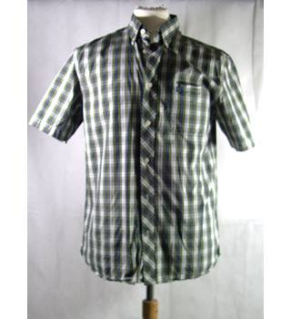Fred Perry - Men's Shirt - Size: M - Blue | Green | Check Pattern