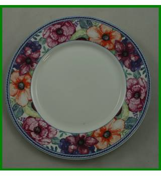 Queens - Fine Bone China - Fresco