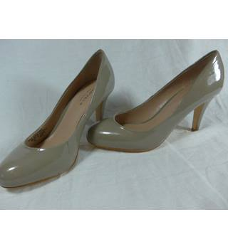 Carvela, Kurt Geiger heeled shoes size  5/38 Kurt Geiger - Size: 5 - Beige - Court shoes