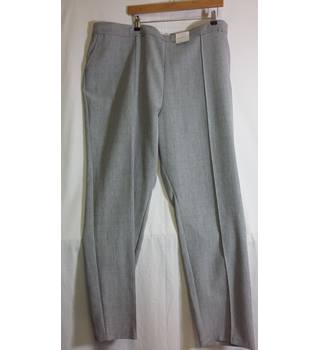 marks and Spencer BNWT grey size 24 trousers M&S Marks & Spencer - Size: L - Grey - Trousers