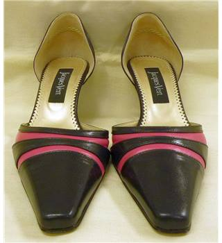 Jacques Vert size 4 navy with cerise pink stripe shoes Jacques Vert - Size: 4 - Blue - Slip-on shoes
