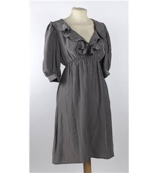 Pink Soda Boutique size 10 grey silk dress. Pink Soda Boutique - Size: 10 - Grey