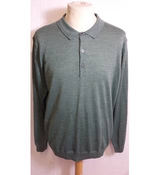 BNWT marks and Spencer pale green Size large V neck jumper M&S Marks & Spencer - Size: L - Green - Jumper