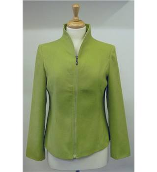 Fendi lime green fitted cashmere jacket, XL but fits size 12 model Fendi - Size: 12 - Green - Casual jacket / coat
