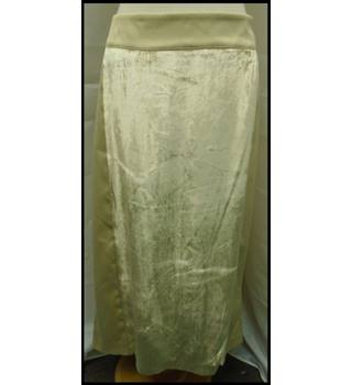 M&S Marks & Spencer - Size: 20 - Metallics - Calf length skirt