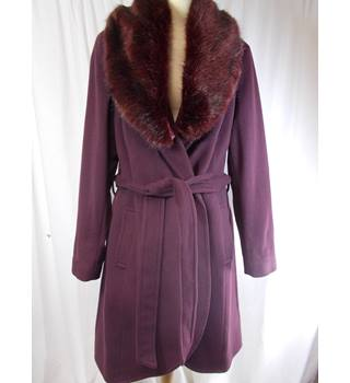 BNWT Pepperberry size 14 COAT
