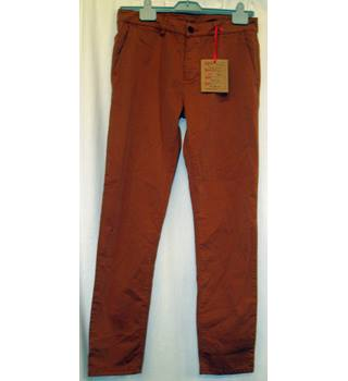 "BNWT  Raised on Denim (Manufacturers sample) Size W:32""Cinnamon brown slim leg Chino Trousers"