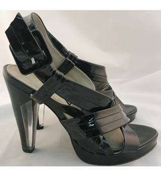 Fashionistas (Kurt Geiger) - Size 39 (UK Size 5) - Patent Black - High Heels