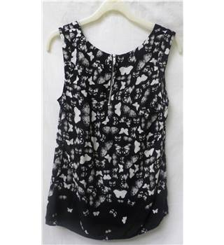 Oasis - Size: 8 - Black with White Butterfly Pattern Sleeveless Top