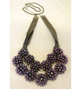 "Unbranded - Size: Medium 18"" length - Pink Purple and Silver Coloured - Ladies' Floral Necklace"