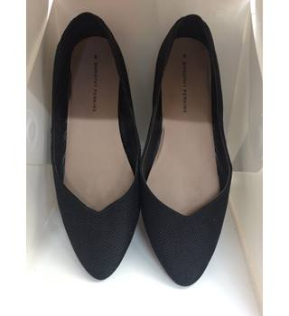 NWOT Dorothy Perkins - Size: 6 - Black - Flat shoes