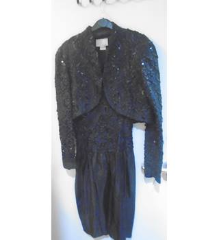Vanna White - Twopiece Outfit - Size 10 Vanna White - Size: 10 - Black - Evening