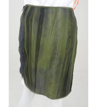 BNWT Christian Dior Size 8 Military Green Print Skirt