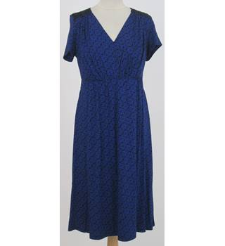 NWOT Per Una - Size: 12 - Blue and Black Stretch V neck Dress