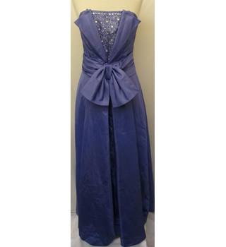Roter Couture - Size: 12 - Purple / Lavender- Full length Evening Dress