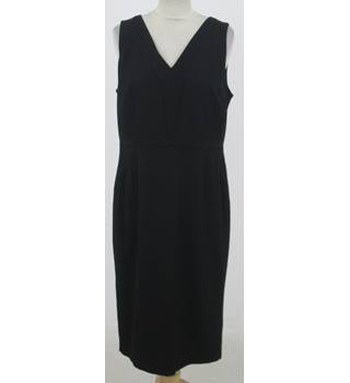 NWOT: Per Una: Size 14: Black smart V-neck dress