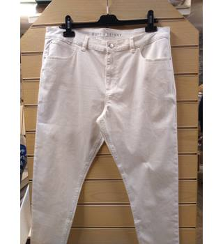 M&S Collection - Super Skinny White Jeans - Size: 18 - Long Fit