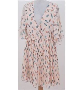 Darling size: L cream with feather pattern calf length dress