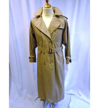Burberry - Size L - Brown  Rain Coat