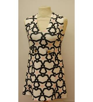 Zara - Size S - White with Black and Pink Stars Dress