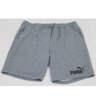BNWT Puma Size 3XL grey fleece shorts