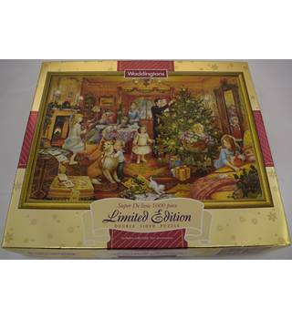 "Waddington's 1000 piece jigsaw ""Nearly Christmas"""