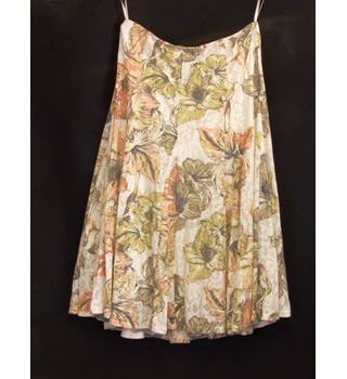 BNWOT M&S Marks & Spencer - Size: 14 - Cream / ivory - Calf length skirt