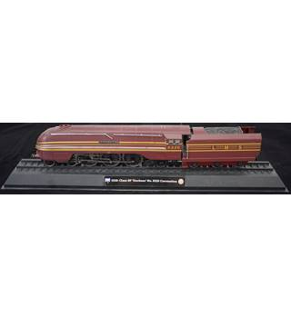 Plastic model of the 1938 Class 8P Duchess No 6220 Unbranded