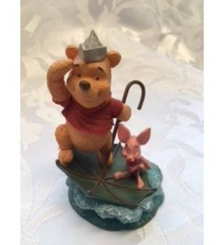 "Simply Pooh Figurine ""Adventures are more fun with two"""