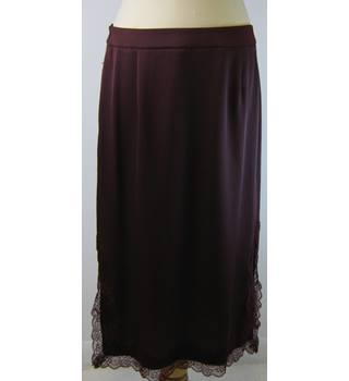 BNWT - M&S Marks & Spencer - Size: 12 - Maroon - Calf length skirt