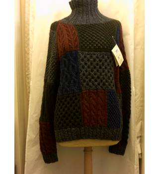Carraig Donn an Irish Heritage merino handknit jumper  - Size: L - Blue - Jumper