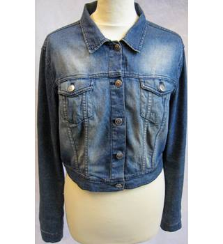 H&M Divided blue stretch denim trucker jacket size 16 H&M - Size: 16 - Blue - Casual jacket / coat